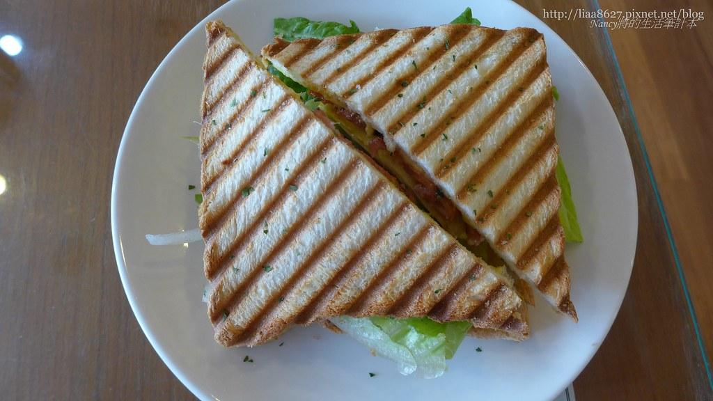 (新埔站美食)小午餐咖啡館,送餐的速度請再加快些!濃濃酸黃瓜味謝謝再連絡囉~ @Nancy將的生活筆計本