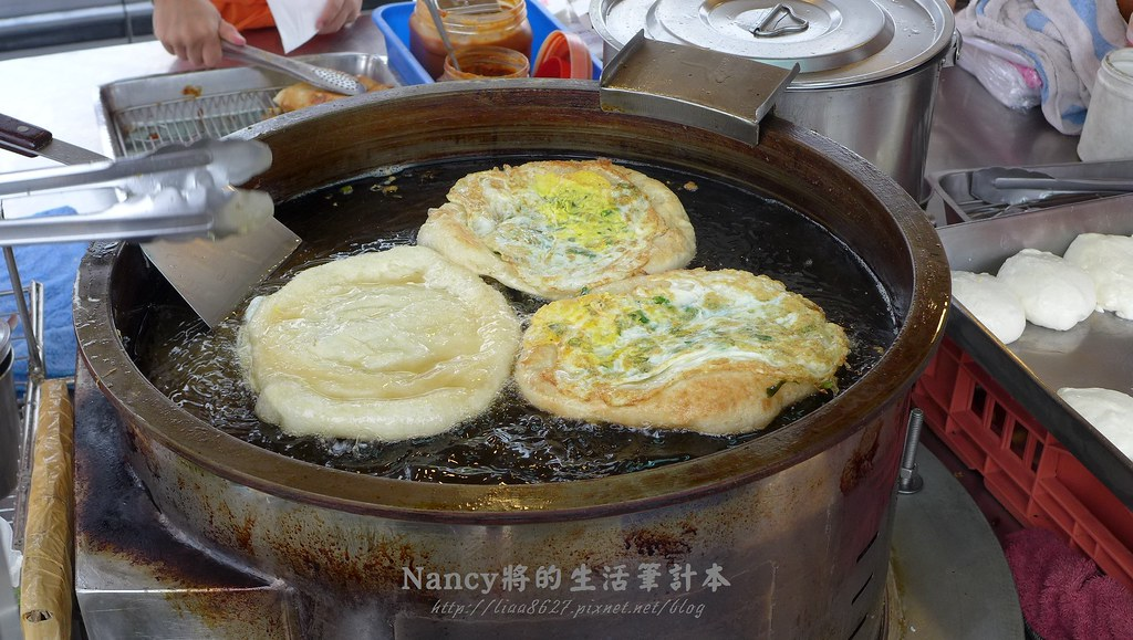 (宜蘭)冬山金珠蔥油餅,真材實料的蔥油餅,我心目中的NO.1 @Nancy將的生活筆計本