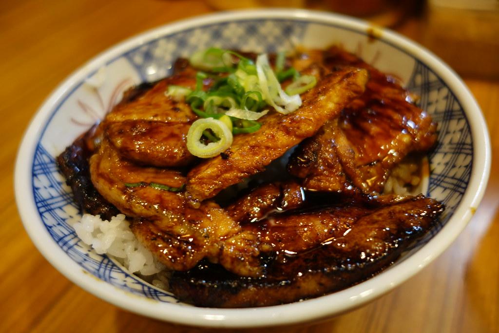 2015年京阪神五日遊,黑門市場らーめん天地人 炭火豚丼 ,去年的缺憾今年終於來彌補了 @Nancy將的生活筆計本
