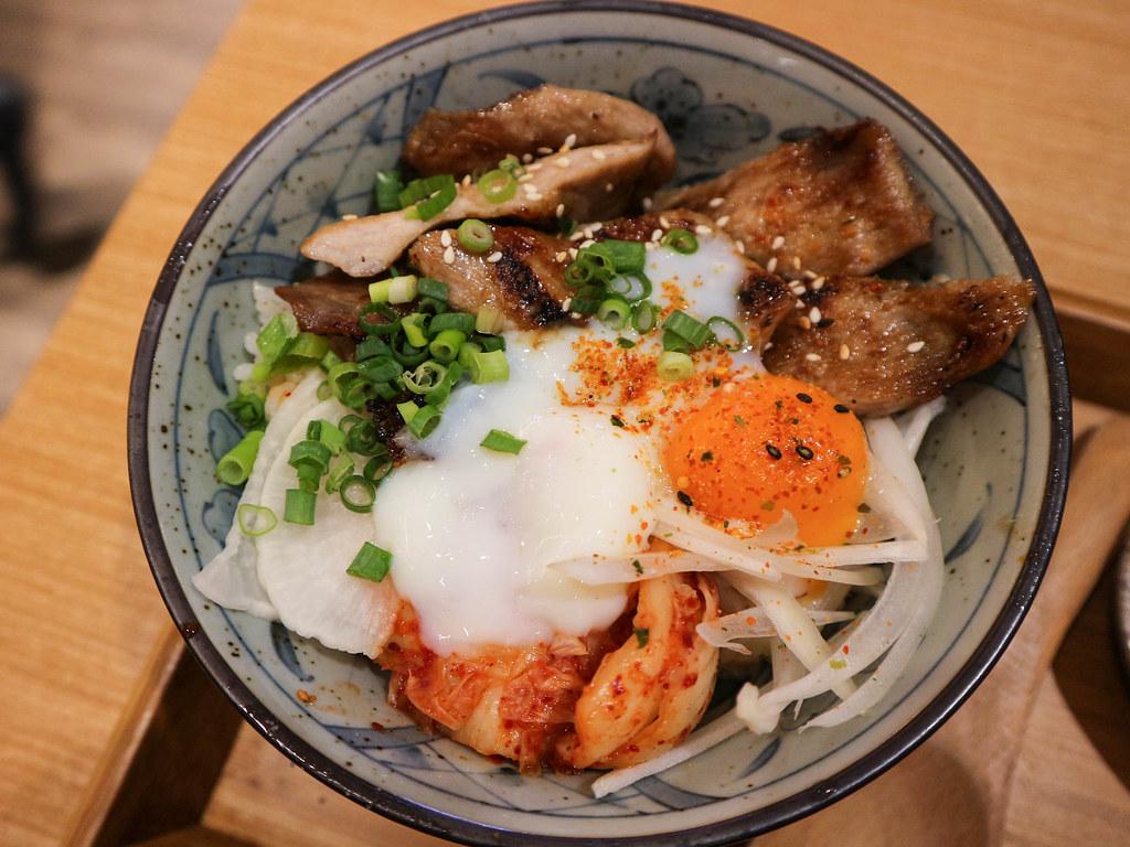 ((食記))味香山海產店活魚36吃~跟石門的完全不一樣的唷 @Nancy將的生活筆計本
