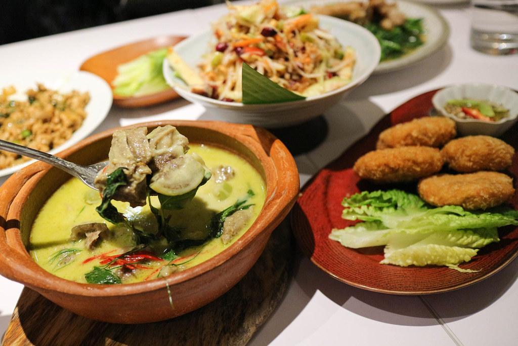 (忠孝復興站)台北東區泰式料理-莎瓦迪卡泰國菜-Sawadica,創新的榴槤入菜,美味度加分,東區聚餐約會,宴客場所 @Nancy將的生活筆計本