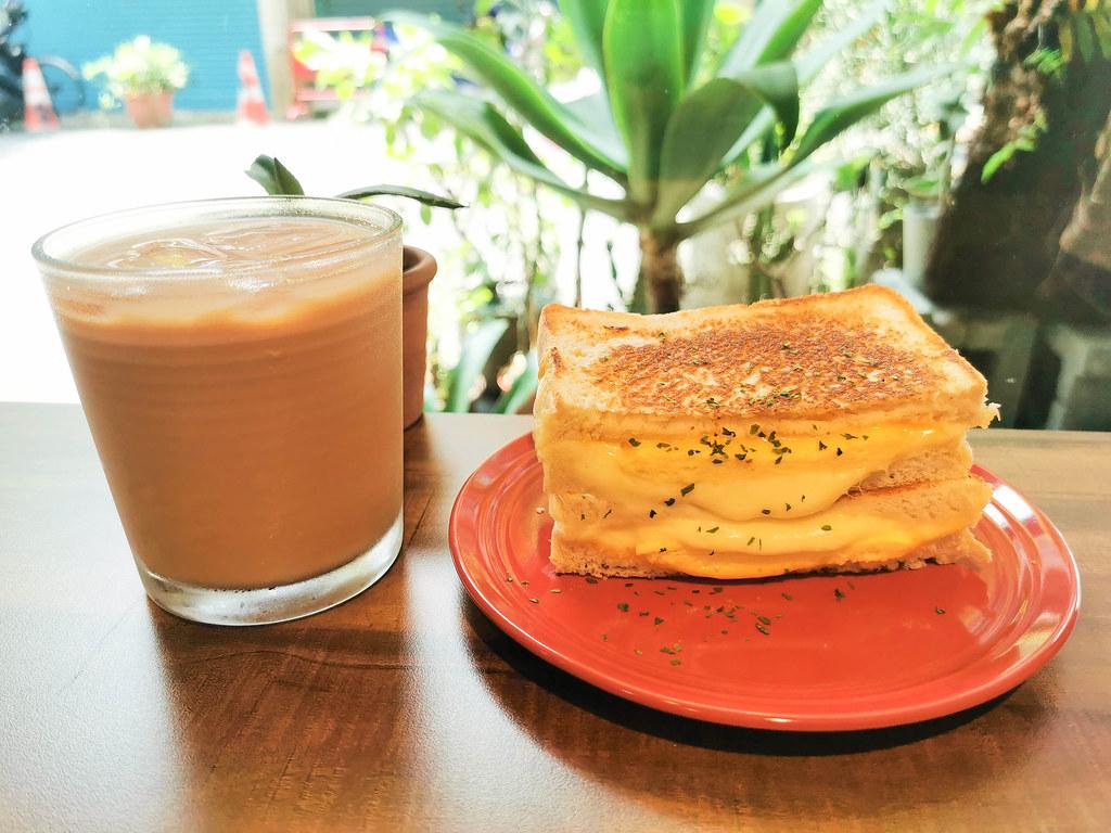 (江子翠站)板橋早午餐/江子翠早午餐-Lazy Pig 懶豬 三明治,主打熱煎吐司,搬遷新家,還是一樣在江子翠站5號出口,交通方便,內含菜單 @Nancy將的生活筆計本