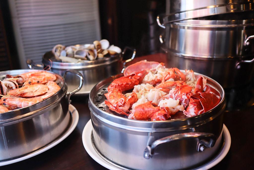 (林口美食)林口聚餐地點-蒸翻天海鮮蒸氣火鍋餐廳,海鮮塔,蒸的可以吃得到最青的海鮮滋味,多人聚餐約會地點,多人套餐,單點 @Nancy將的生活筆計本