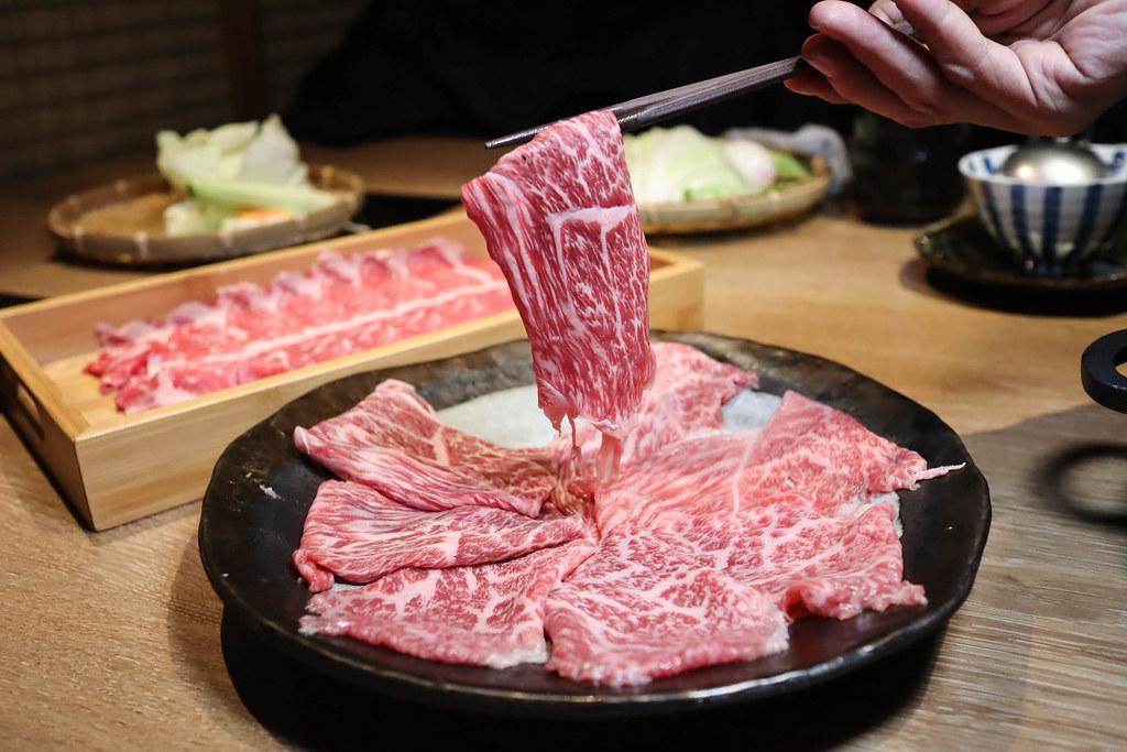 (忠孝新生站)中正區火鍋推薦Power Beef 冷藏肉涮涮鍋專門店,選用熟成冷藏肉讓你體驗不一樣肉品口感,棉花糖壽喜燒很特別 @Nancy將的生活筆計本