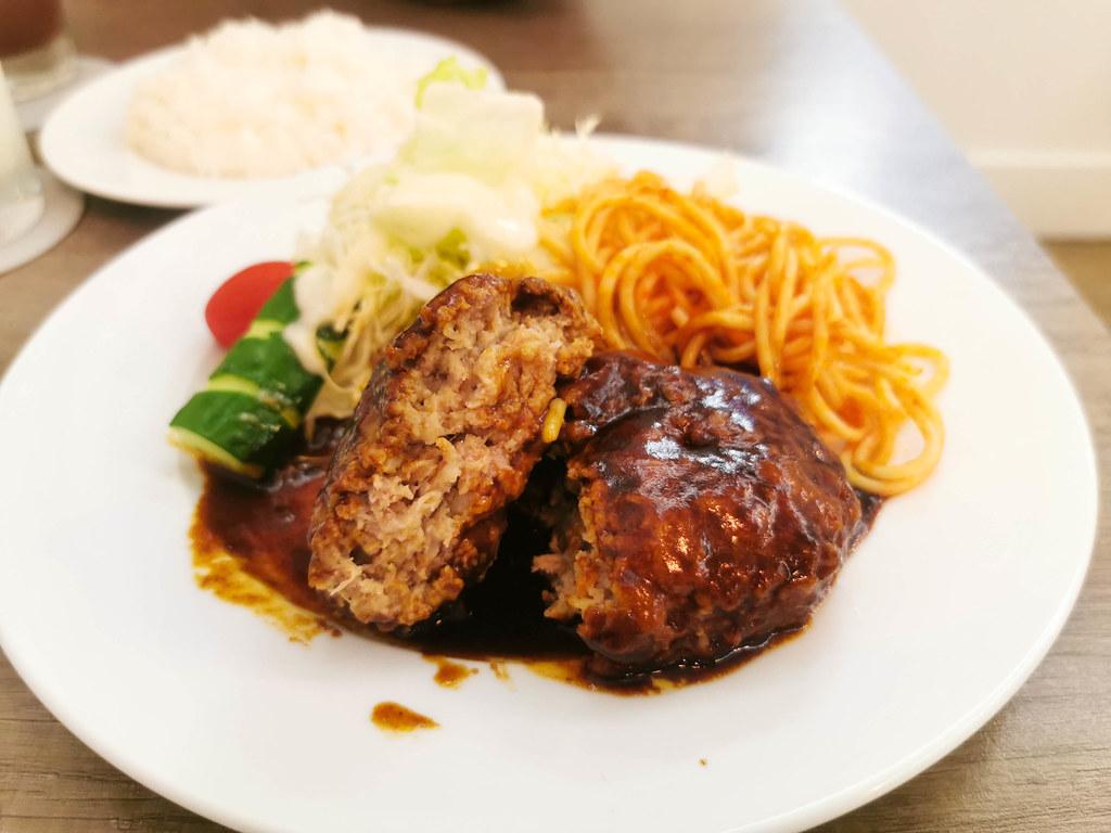 (中山站)台北日式洋食-April taipei 日本洋食屋,日本師傅手作漢堡排鄰近台北當代藝術館 @Nancy將的生活筆計本