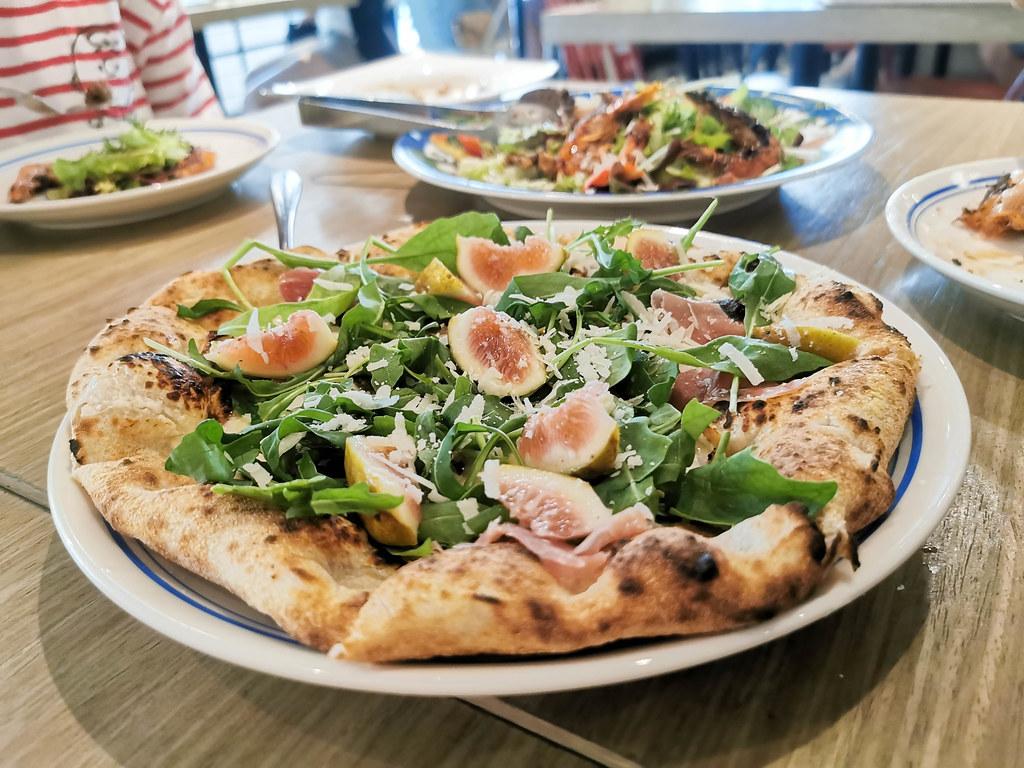 (新莊美食)新北PIZZA店-Gino Pizza Napoletana新北市第一家正統窯烤世界冠軍披薩店,多款創新PIZZA不用飛出國也吃得到得獎PIZZA @Nancy將的生活筆計本