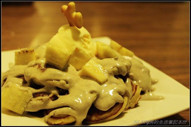 (口碑卷)第109發:Poffertjes Cafe荷蘭小鬆餅 ,原來鬆餅可以吃甜的也可以吃鹹的~ @Nancy將的生活筆計本